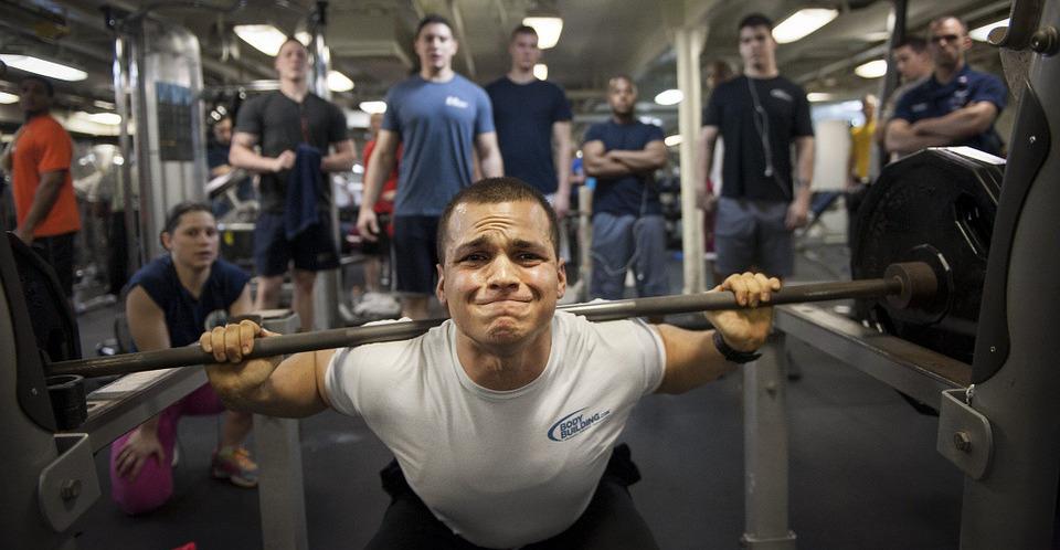 Po co trenujesz bicepsy