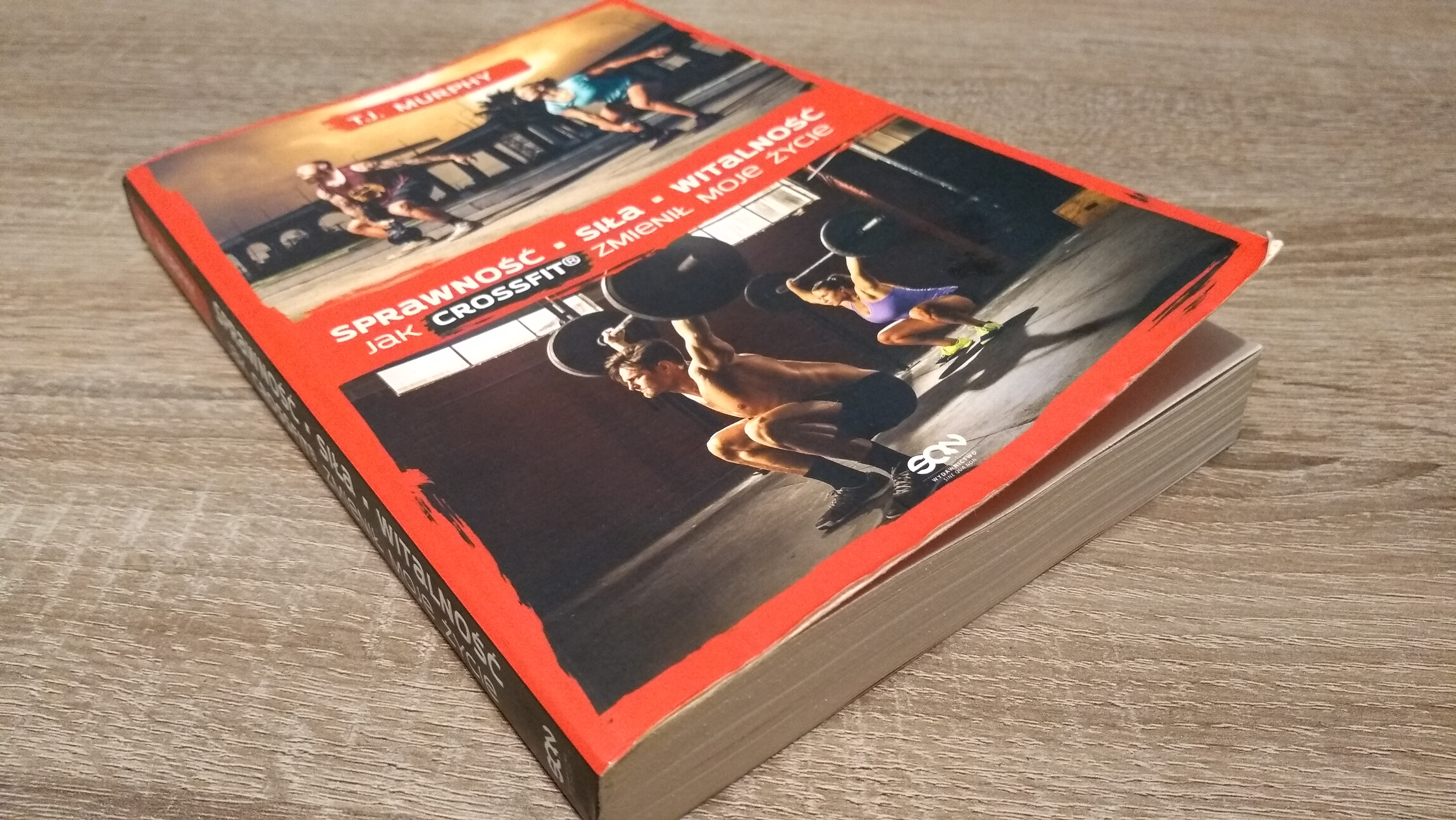 """""""Jak CrossFit zmienił moje życie"""". Czego się dowiesz z książki o crossficie?"""