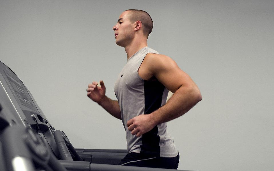Trening siłowy i cardio jednocześnie? Zapomnij!